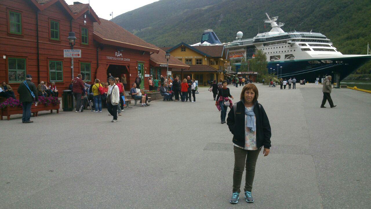 Neus en Bergen con el Empress de Pullmantur