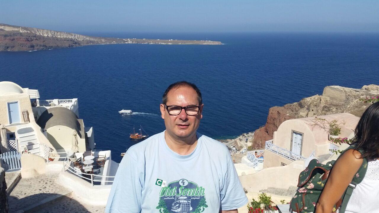 Antonio en Santorini
