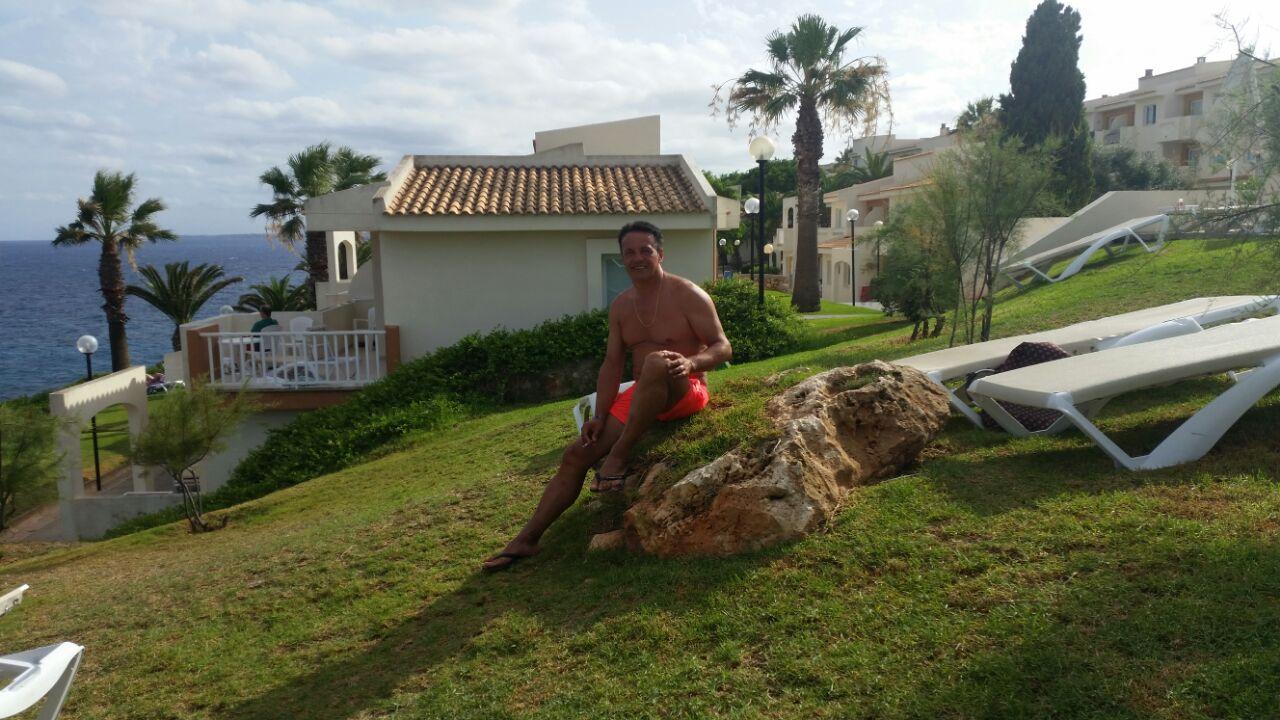 Jose Mª relajado en las costas de Mallorca