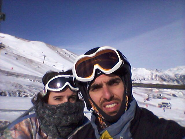 Cristian y Nerea preparados para esquiar