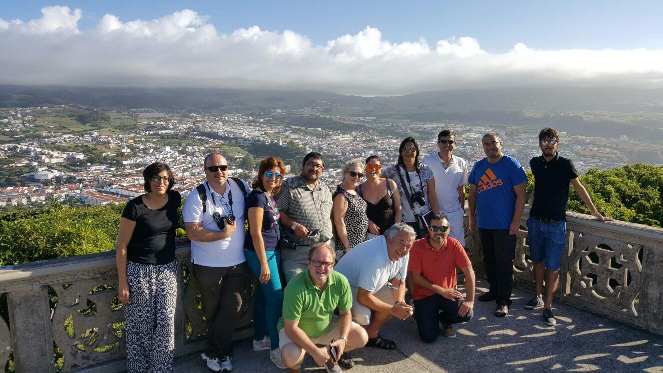Grupo de Dit junto a Joao.
