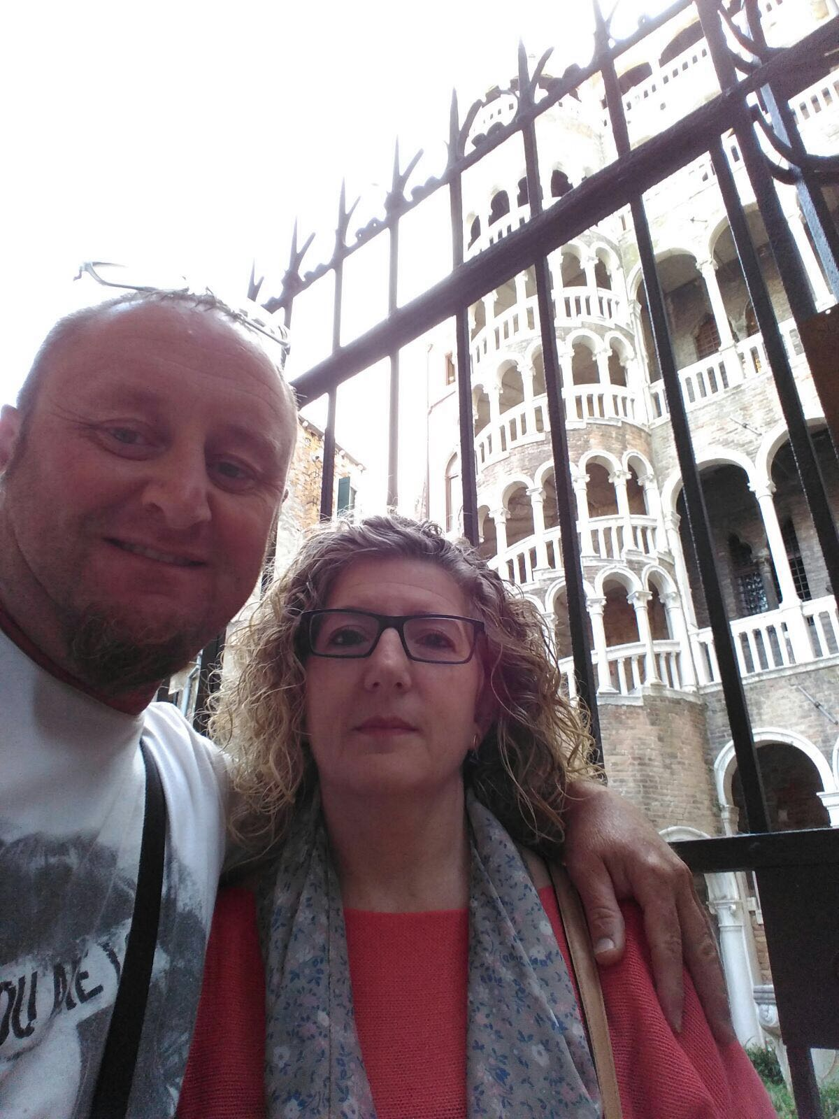 Federic y Carmen han encontrado la escalera del Bobolo del Palacio Contarini de Venecia