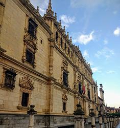 Entrada y Visita al Colegio de San Ildefonso