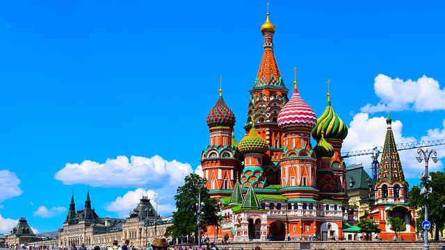 Moscú y San Petesburgo desde Asturias.